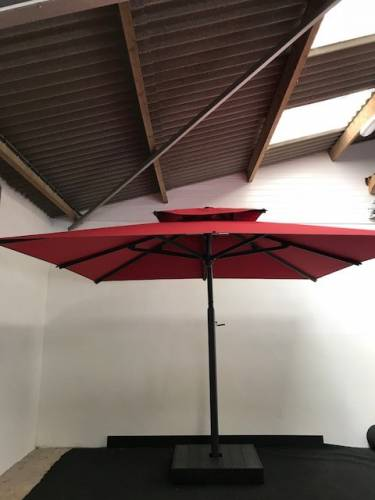 Pogessi 3 x 3m Side Arm Umbrella With Custom Made Cover